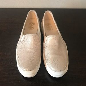 EUC Gold Metallic and Suede Double Decker Keds